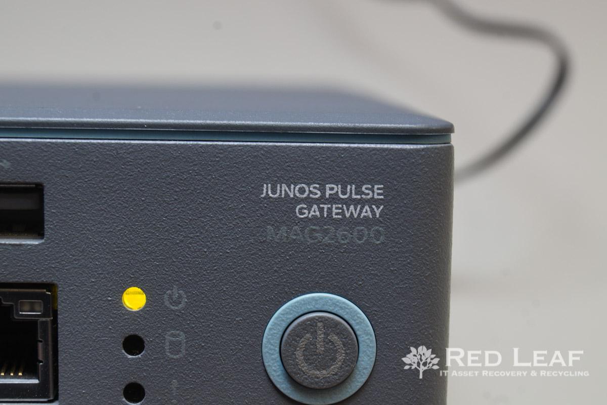 Juniper Networks Junos Pulse Gateway MAG2600 VPN Appliance (Refurbished)